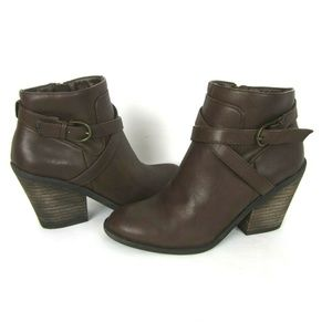 Lucky Brand 6 Vegan Faux Leather Eloy Boots Brown
